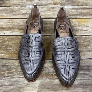 Vince Camuto Kade Perforated Leather Loafers Sz 7